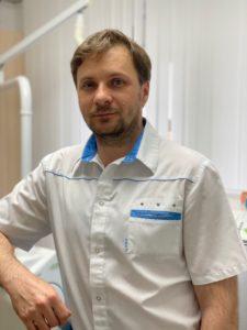 Хирург - имплантолог Казюта Евгений Борисович